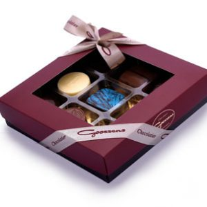 9 chocolates box with ribbon-